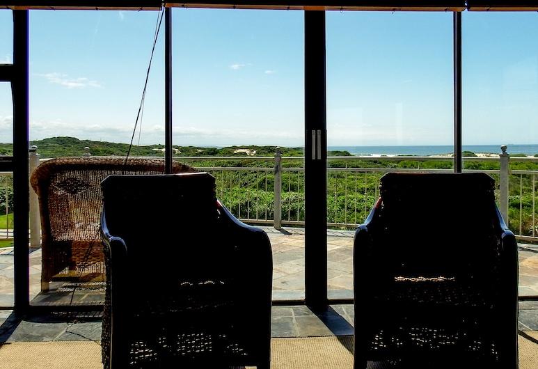 House Haven Guesthouse, Port Elizabeth, Deluxe Room, 1 Bedroom (Room 02), Balcony