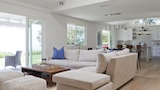 Foto di onefinestay - Little Rock Way private home a Malibu
