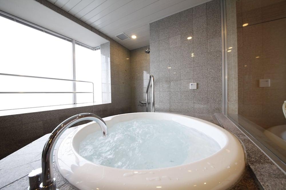 Deluxe-Zimmer, Nichtraucher - Badezimmer