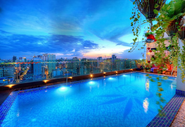 Orussey One Hotel & Apartment, Phnom Penh, Zwembad