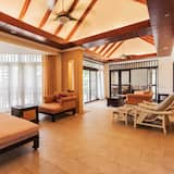 4 Bedrooms Villa with Private Pool - 客廳