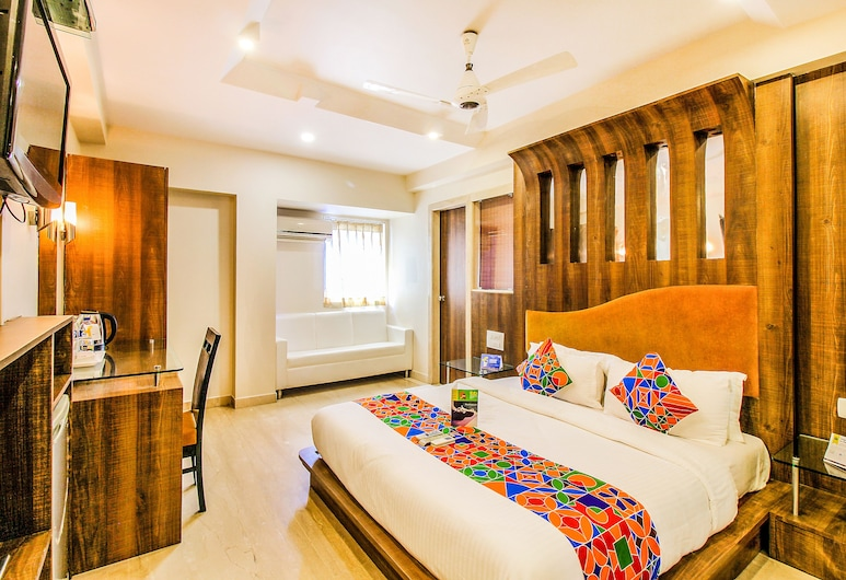 FabHotel Sahar Garden, Mumbai, Premium Room, 1 King Bed, Non Smoking, City View, Guest Room View