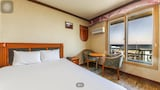 Choose This Cheap Hotel in Yangyang