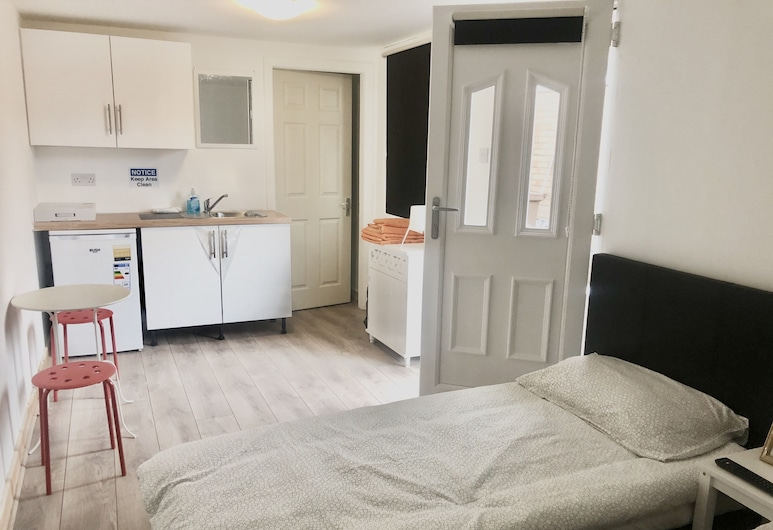 Martindale Flats Free Parking, Manchester, Twin Room (Room), Private kitchenette