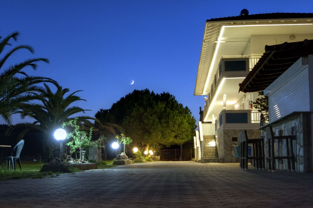 Sea View Apartment Hotel