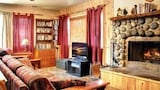 Book this Kitchen Hotel in Big Bear City