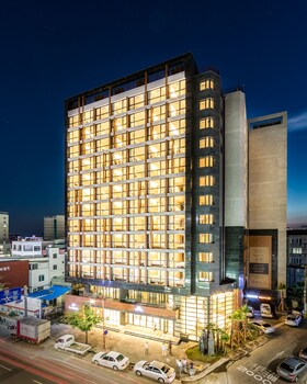Picture of Days Hotel Jeju Seogwipo Ocean in Seogwipo