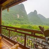 Deluxe Balcony Suite With Ricepaddy View - Balcony