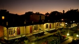 Choose This 3 Star Hotel In Sauraha