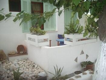 Picture of Panorama Studios in Skiros