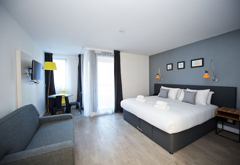 Staycity Aparthotels Centre Vieux Port, Marseille, Studio, Accessible (3 persons), Room