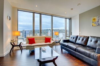 Picture of Furnished Suites in Downtown Portland in Portland
