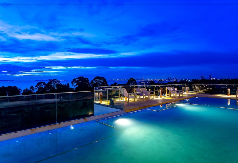 Costa Village Bangsaray, Sattahip, Outdoor Pool