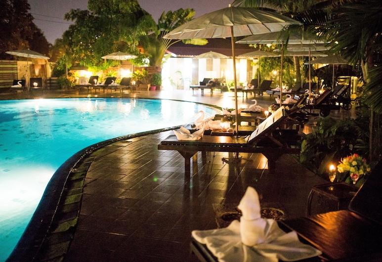 Marble Garden View Pattaya, Pattaya, Hồ bơi ngoài trời