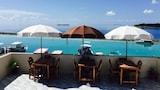 Meedhoo hotel photo