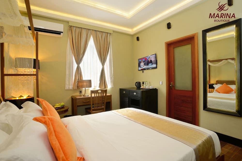 Deluxe Tek Büyük Yataklı Oda, 2 Yatak Odası - Banyo