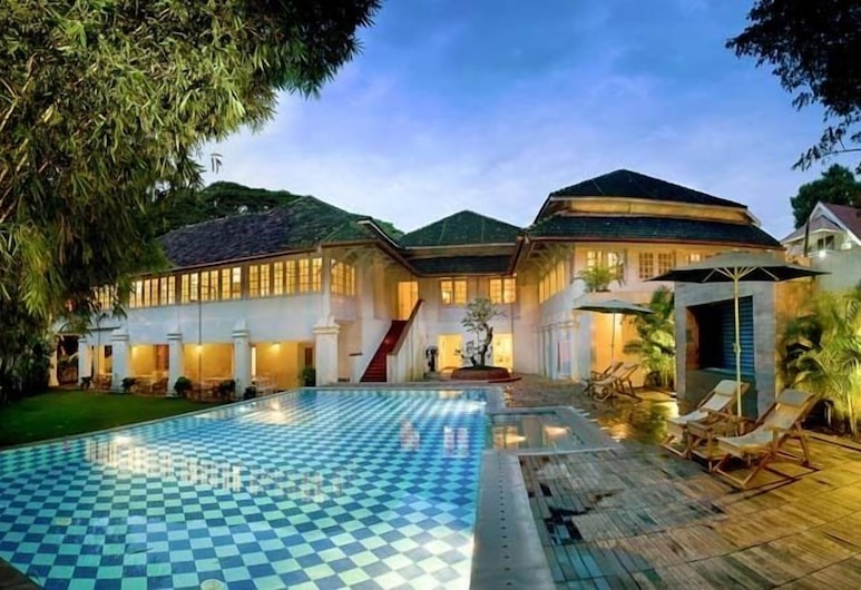 The Tower House Cochin, Kochi, Outdoor Pool