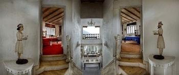 A(z) Neemrana's - Ramgarh Bungalows hotel fényképe itt: Nainital