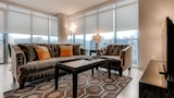 Choose this Apartment in Bethesda - Online Room Reservations