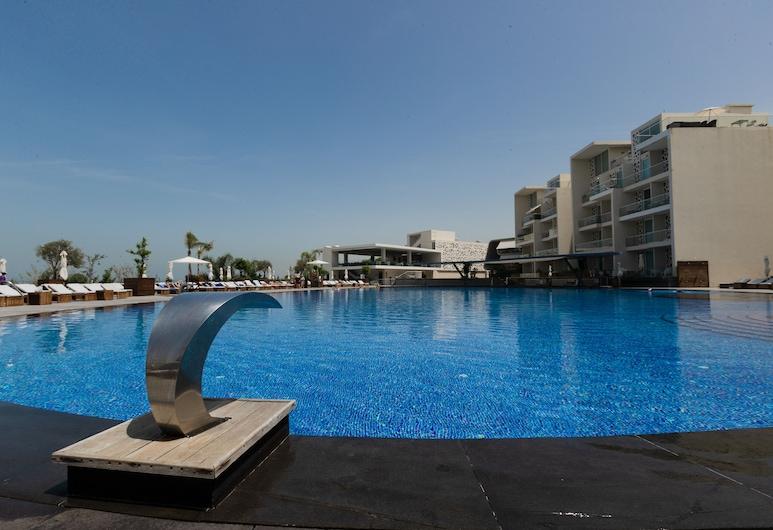 Whitelace Hotel Resort & Spa, Halat, Alberca al aire libre