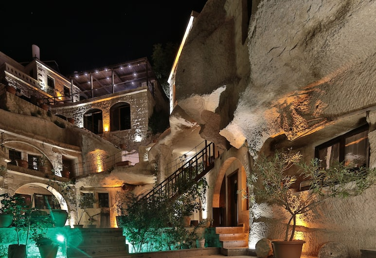 Shoestring Cave House, Nevsehir, Patio