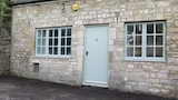 Choose this Apartment in Corsham - Online Room Reservations
