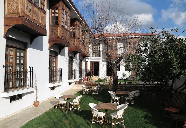 Ephesus Paradise, Selçuk, Restauration en terrasse