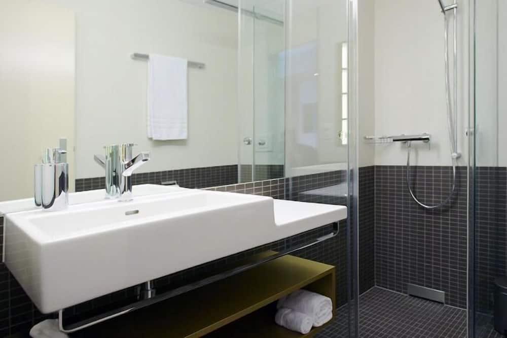Comfort-Doppelzimmer, Nichtraucher - Badezimmer