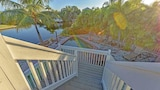 Choose This Luxury Hotel in Anna Maria