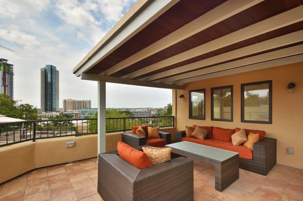 Stadtwohnung, 2Schlafzimmer - Balkon