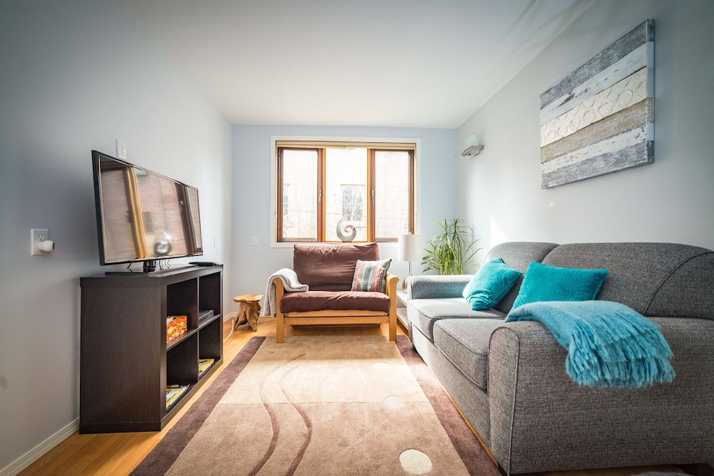 Apartment, 2 Bedrooms, Kitchenette - Living Room