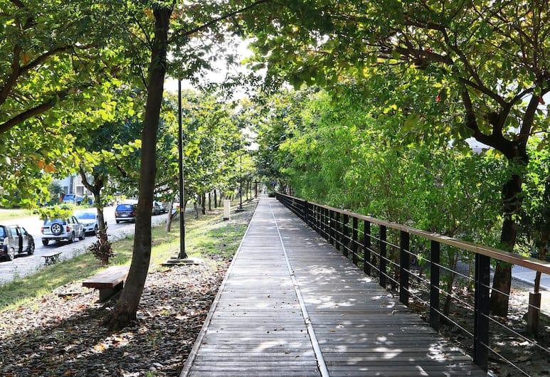 Huadong Homestay, Taitung, Otelden görünüm