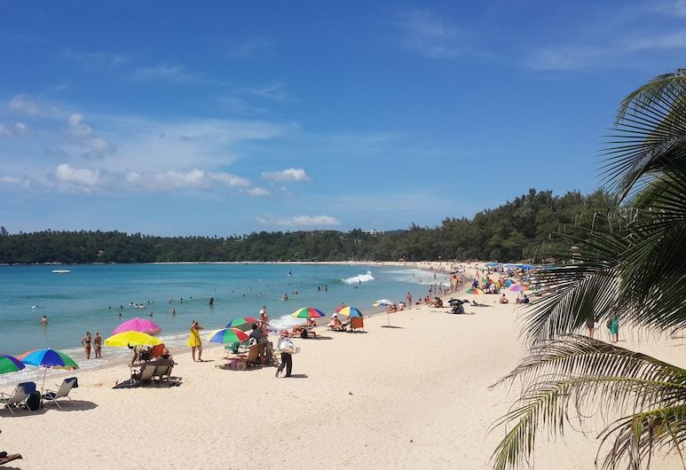 Kata Beachwalk Hotel and Bungalows, Karon, Paplūdimys