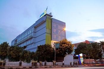Picture of Hotel PrimeBiz Tegal in Tegal