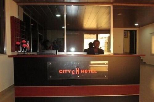 蒙羅維亞賴比瑞亞城市飯店/