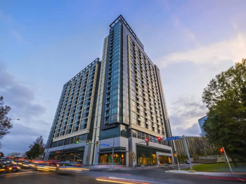 Book Global Luxury Suites At Tysons Corner In McLean Hotelscom - Patio com tysons corner