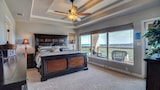 Vacation home condo in Canyon Lake