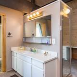 Rumah, 3 kamar tidur - Kamar mandi
