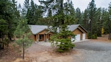Picture of Ridgeview Lodge by RedAwning in Cle Elum