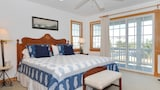 Foto van Pop's Place by RedAwning in Corolla