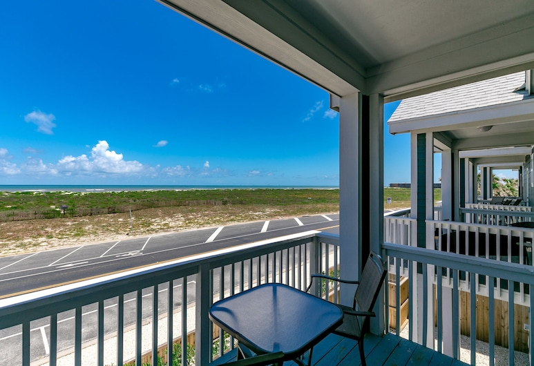 Brand New at Padre Beach View Resort by RedAwning, Corpus Christi, Townhome, 3 Bedrooms, Balcony