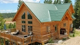 Choose this Cabin / Lodge in Duck Creek Village - Online Room Reservations