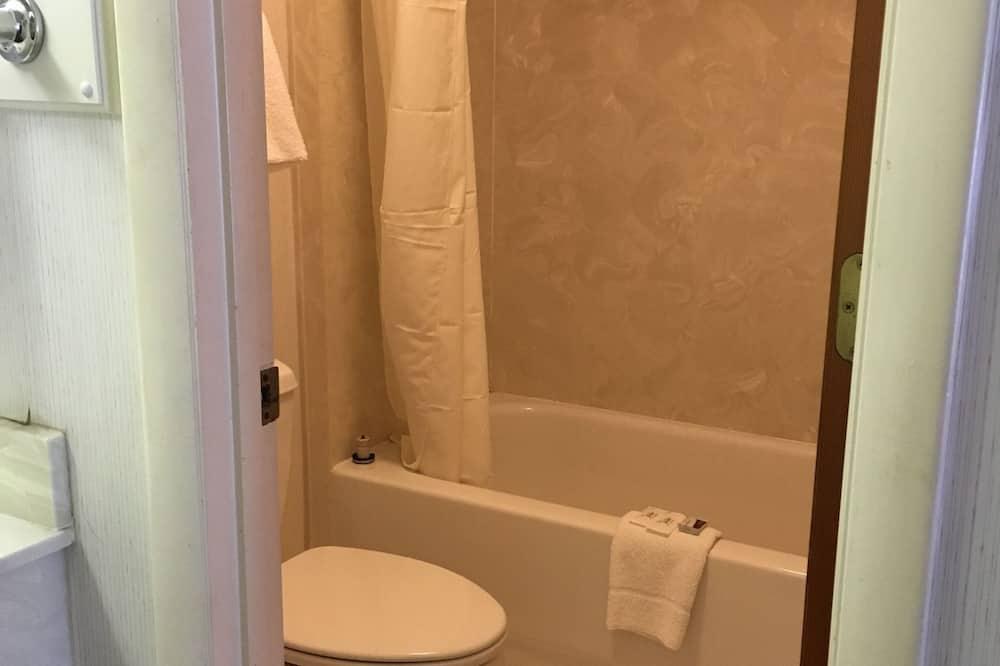 經典客房, 1 張特大雙人床, 非吸煙房 - 浴室洗手盤
