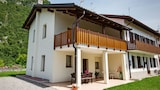 Reserve this hotel in Villa Santina, Italy