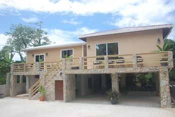Picture of Rock Point Villas Vacation Rentals in Roatan