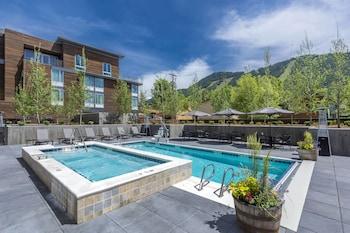 傑克遜傑克森霍爾春季山丘套房酒店的圖片
