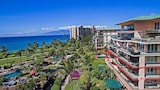 Choose This 4 Star Hotel In Lahaina