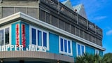 Choose This Beach Hotel in Folly Beach -  - Online Room Reservations