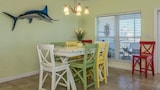 Foto di Clubhouse The by RedAwning a Gulf Shores