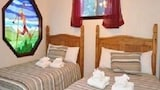 Foto di At The Slopes Ski In Ski Out Sleeps 22 by RedAwning a Stateline